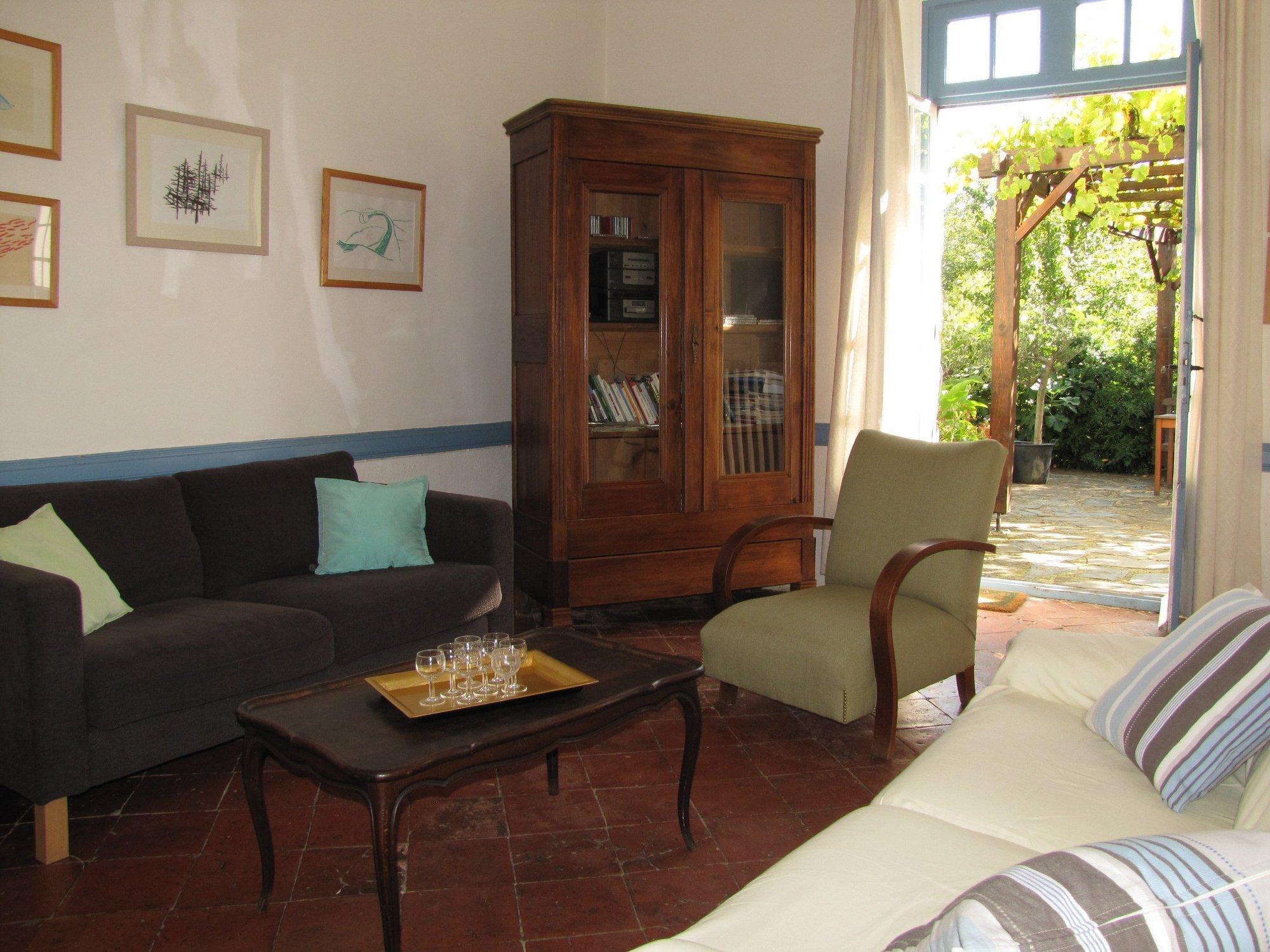 la giraudasse chambres d 39 h tes avec jardin en pays cathare soulatg aude la giraudasse. Black Bedroom Furniture Sets. Home Design Ideas